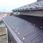 ベランダ テラスの波板屋根の交換